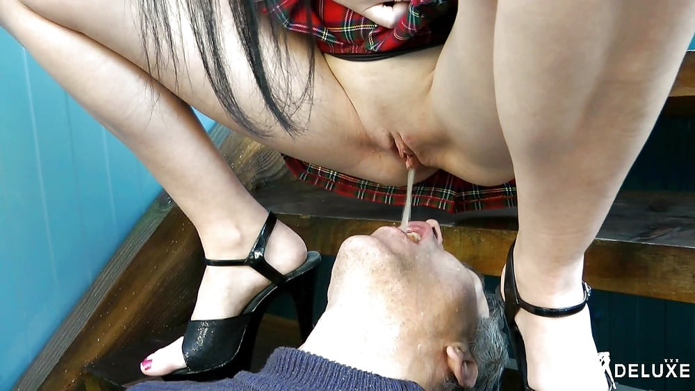 Queen farts in her slave's face and mouth