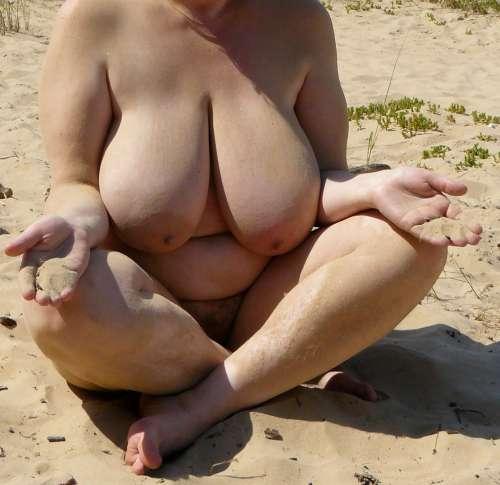 Mīļā (50 years) (Photo!) offer escort, massage or other services (Ad #4735940)