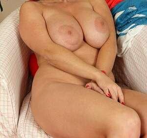 Anna  (40 лет)